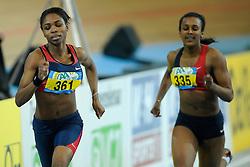 07-02-2010 ATLETIEK: NK INDOOR: APELDOORN<br /> Nederlands kampioen 200 m Kadene Vassel<br /> ©2010-WWW.FOTOHOOGENDOORN.NL