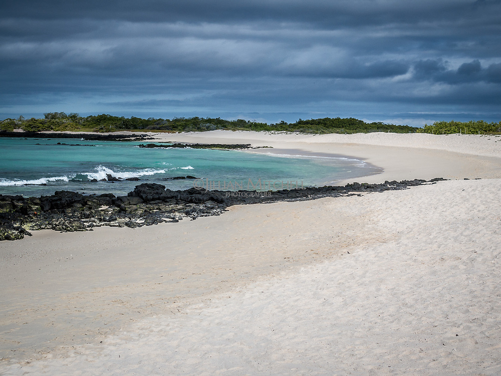 Las Bachas Beach, Isla Santa Cruz