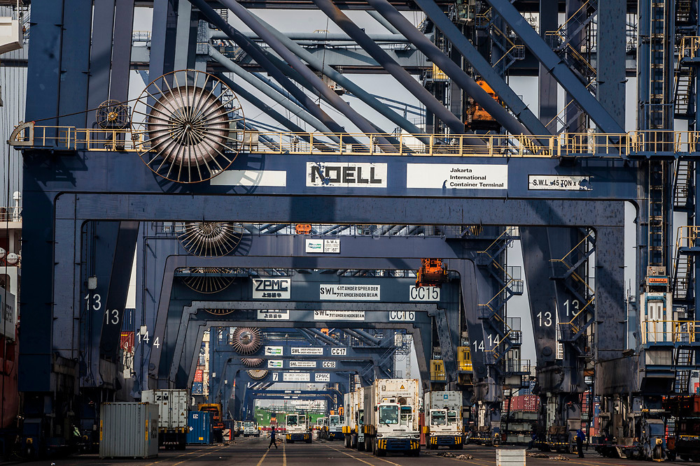 Activity at Jakarta International Container Terminal at north  Jakarta  on July 2, 2015
