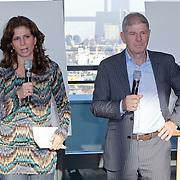 NLD/Rotterdam/20111116 - Presentatie Helden 11 magazine, Barbara en Frits Barend