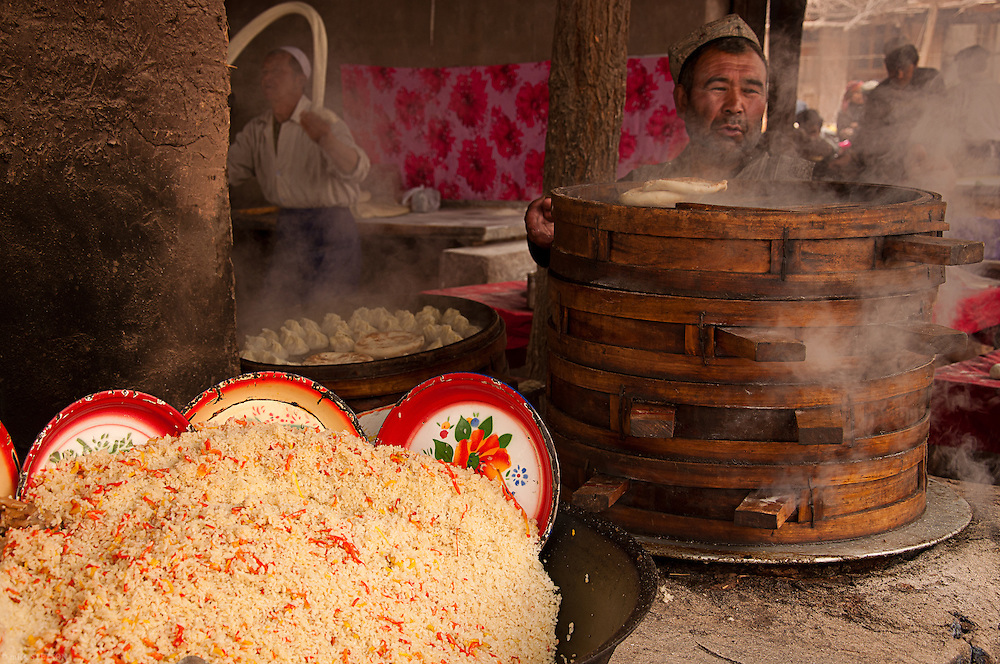 — Food vendors are ubiquitous at the Sunday markets around Kashgar, selling rice, dumplings and Uyghur pasta.