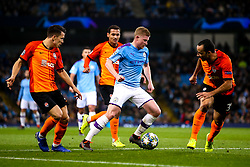 Kevin De Bruyne of Manchester City takes on /the Shakhtar Donetsk defence - Mandatory by-line: Robbie Stephenson/JMP - 26/11/2019 - FOOTBALL - Etihad Stadium - Manchester, England - Manchester City v Shakhtar Donetsk - UEFA Champions League Group Stage