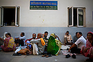 Patients and family of patients spend many hours at the waiting area in the compounds of the All India Institute of Medical Sciences (AIIMS) Hospital, New Delhi, the largest hospital in India, on 18th October 2008 in New Delhi, India. Photo : Suzanne Lee
