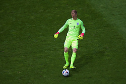 LENS, FRANCE - Thursday, June 16, 2016: England's goalkeeper Joe Hart during the UEFA Euro 2016 Championship Group B match against Wales at the Stade Bollaert-Delelis. (Pic by Paul Greenwood/Propaganda)