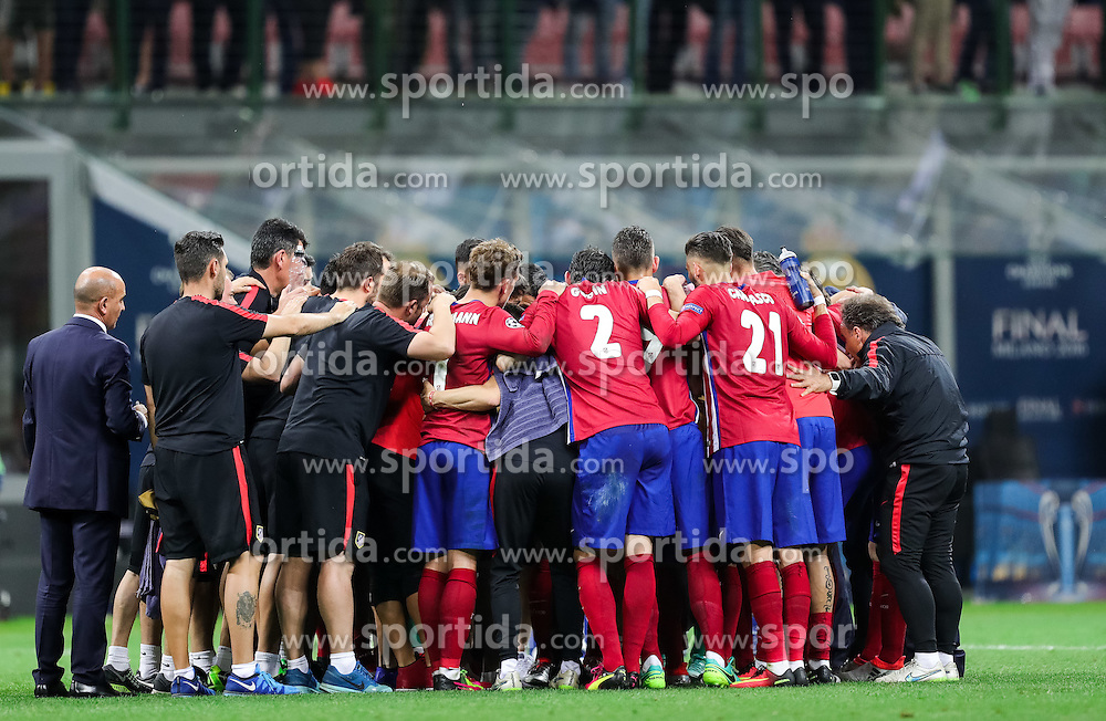 Team Atlético prior to the penalty shots at football match between Real Madrid (ESP) and Atlético de Madrid (ESP) in Final of UEFA Champions League 2016, on May 28, 2016 in San Siro Stadium, Milan, Italy. Photo by Vid Ponikvar / Sportida