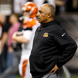 Nov 16, 2014; New Orleans, LA, USA; Cincinnati Bengals head coach Marvin Lewis prior to kickoff of a game against the New Orleans Saints at the Mercedes-Benz Superdome. Mandatory Credit: Derick E. Hingle-USA TODAY Sports