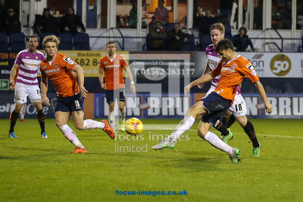Jonathan Smith of Luton Town shoots during the Sky Bet League 2 match at Kenilworth Road, Luton<br /> Picture by David Horn/Focus Images Ltd +44 7545 970036<br /> 14/11/2015