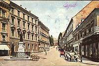 Zagreb : Kačićeva ulica. <br /> <br /> Impresum[S. l.] : U. K. V., [1926].<br /> Materijalni opis1 razglednica : tisak ; 8,9 x 13,9 cm.<br /> Vrstavizualna građa • razglednice<br /> ZbirkaGrafička zbirka NSK • Zbirka razglednica<br /> Formatimage/jpeg<br /> PredmetZagreb –– Mesnička ulica<br /> SignaturaRZG-MESN-6<br /> Obuhvat(vremenski)20. stoljeće<br /> NapomenaRazglednica je putovala 1926. godine.<br /> PravaJavno dobro<br /> Identifikatori000954888<br /> NBN.HRNBN: urn:nbn:hr:238:085782 <br /> <br /> Izvor: Digitalne zbirke Nacionalne i sveučilišne knjižnice u Zagrebu
