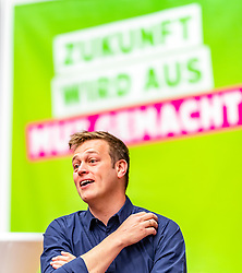 06.04.2019, Volkshaus Pichling, Linz, AUT, Landesversammlung die Grünen Oberösterreich, Wahl des Landessprechers, im Bild Landessprecher der Grünen Stefan Kaineder // during the provincial assembly of the OÖ Greens with election of the country speaker at the Volkshaus Pichling in Linz, Austria on 2019/04/06. EXPA Pictures © 2019, PhotoCredit: EXPA/ JFK