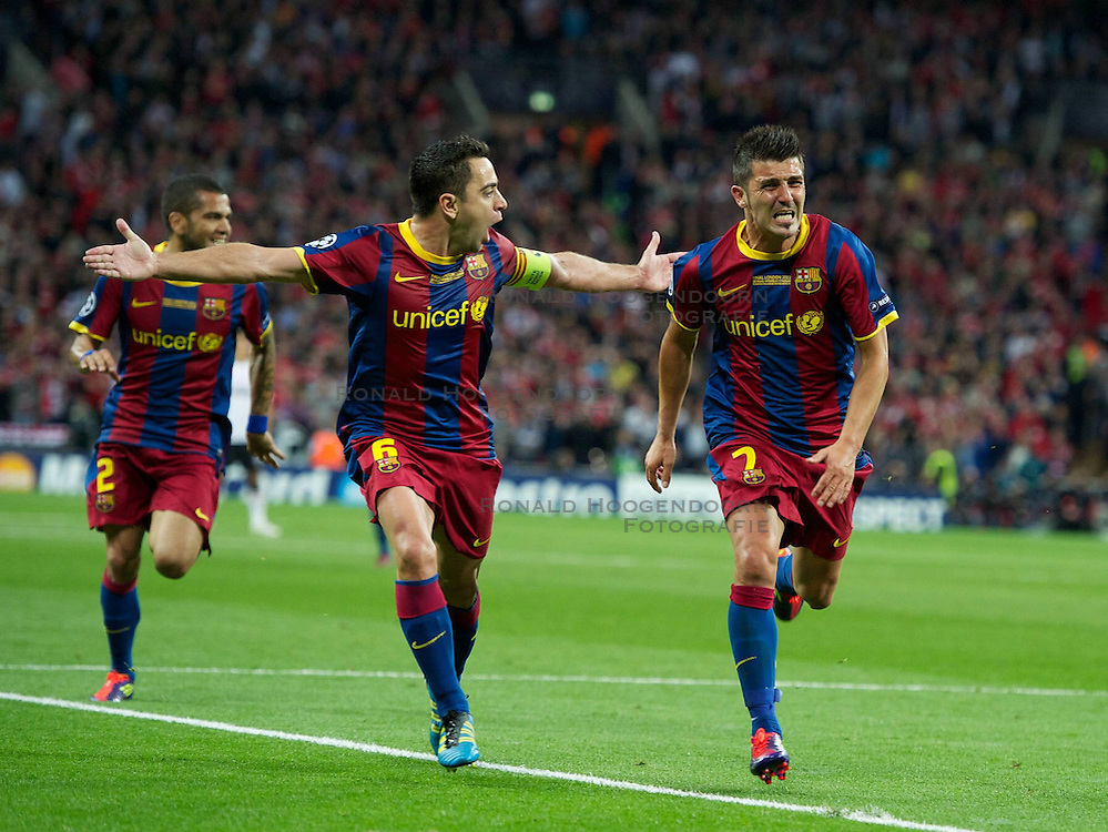 28-05-2011 VOETBAL: CHAMPIONS LEAGUE FINAL FC BARCELONA - MANCHESTER UNITED: LONDON<br />  David Villa celebrates scoring the third goal against Manchester United and celebrate this with Xavi<br /> ***NETHERLANDS ONLY***<br /> &copy;2011- FotoHoogendoorn.nl/nph/Chris Brunskill