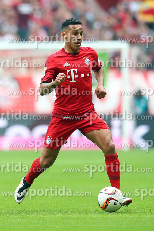 02.04.2016, Allianz Arena, Muenchen, GER, 1. FBL, FC Bayern Muenchen vs Eintracht Frankfurt, 28. Runde, im Bild Thiago Alcantara (FC Bayern Muenchen) // during the German Bundesliga 28th round match between FC Bayern Munich and Eintracht Frankfurt at the Allianz Arena in Muenchen, Germany on 2016/04/02. EXPA Pictures &copy; 2016, PhotoCredit: EXPA/ Eibner-Pressefoto/ Langer<br /> <br /> *****ATTENTION - OUT of GER*****