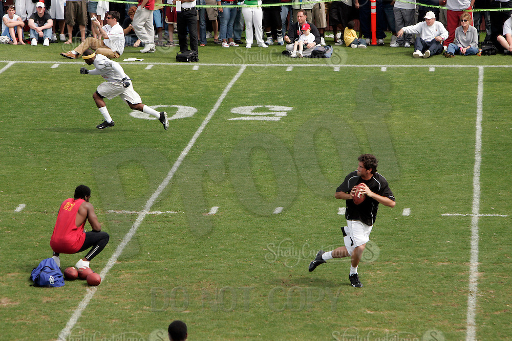 2 April 2006:  Offensive Halfback Reggie Bush runs ahead getting ready to catch a pass from Matt Leinart at pro-day timing workout by pro football teams at NFL pro-timing day at USC college campus in Los Angeles, CA.