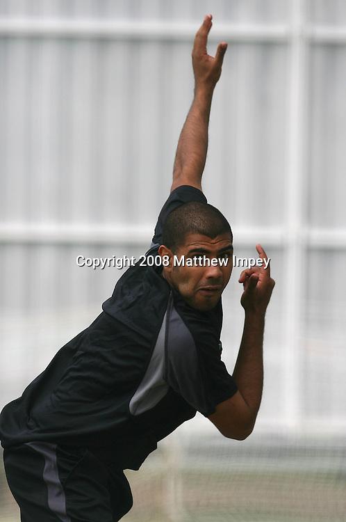 Jeetan Patel bowling. New Zealand Cricket Nets. Old Trafford, Manchester, England. 22 May 2008. Photo: Matthew Impey/PHOTOSPORT