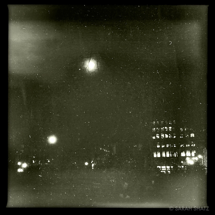 full moon, Union Square