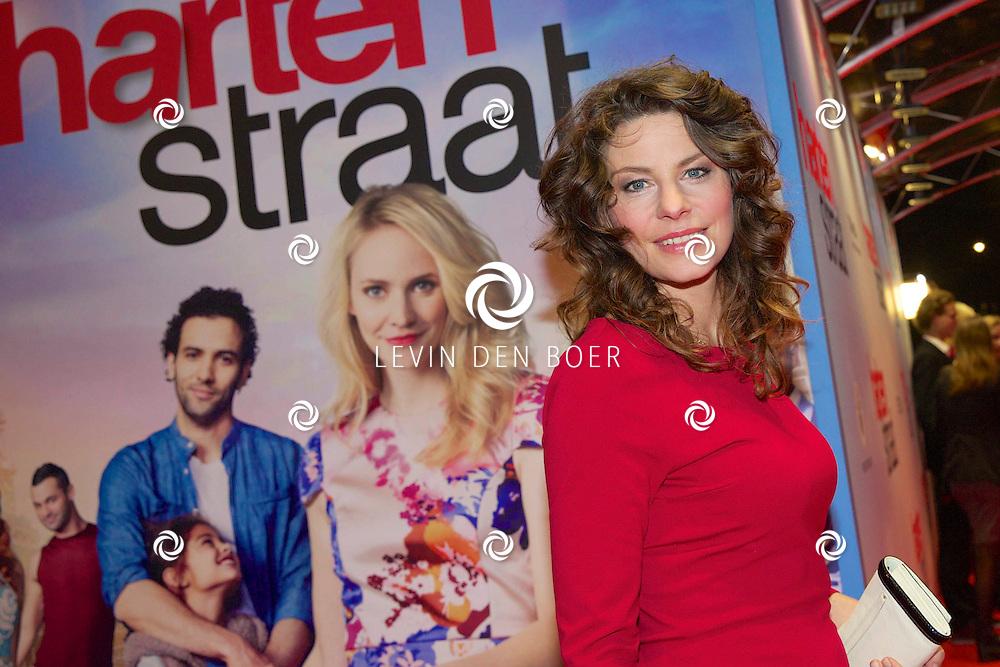 AMSTERDAM - In het Tuschinski theater is de nieuwe Nederlandse film 'Harten Straat' in premiere gegaan. Met op de rode loper   Rifka Lodeizen. FOTO LEVIN DEN BOER - PERSFOTO.NU