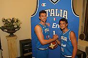 Milano, 18/07/2007<br /> Basket, Nazionale Italiana Maschile Senior<br /> Media Day Conferenza Stampa Hotel Visconti<br /> Nella foto: Marco Belinelli Andrea Bargnani<br /> Foto Ciamillo