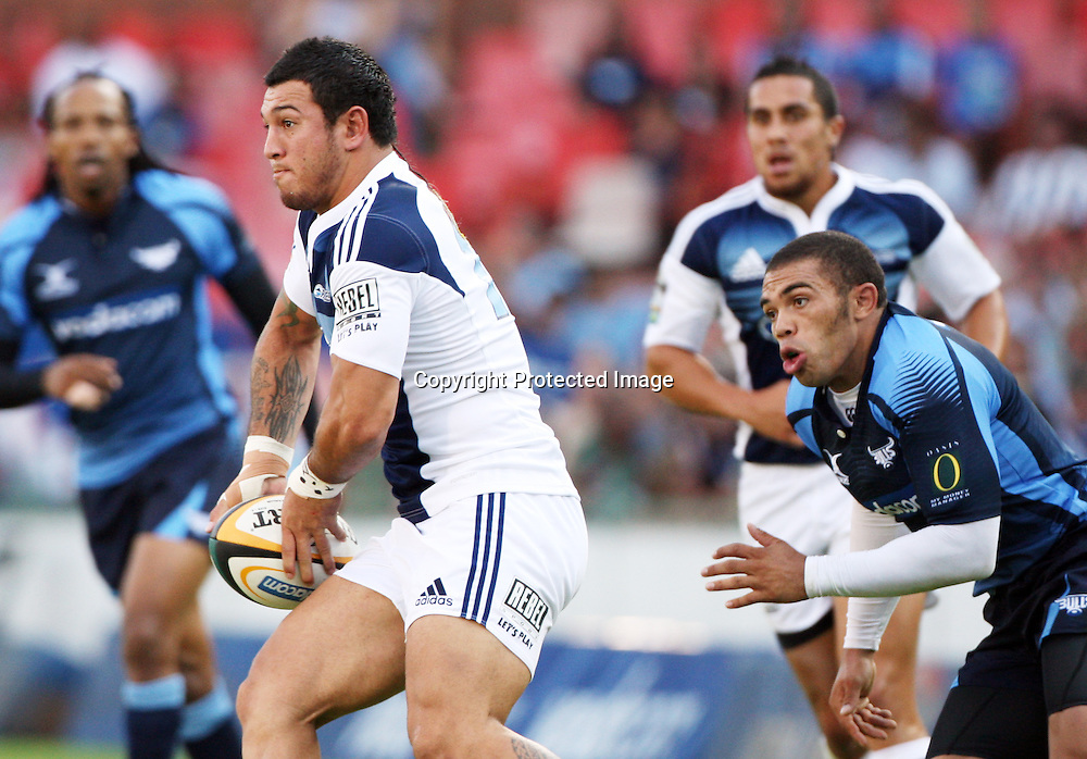 PRETORIA, South Africa, Bryan Habana chases Anthony Tuitavake during the Super 14 match between the Bulls and the Blues held at Loftus Versfeld in Pretoria on the 21 February 2009...Photo by: Barry Aldworth/ SPORTZPICS