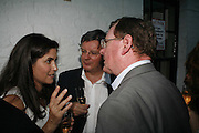 KIMBERLEY QUINN, RODERICK CONWAY MORRIS AND DAVID TRIMBLE, The Spectator At Home. Doughty St. 6 July 2006. ONE TIME USE ONLY - DO NOT ARCHIVE  © Copyright Photograph by Dafydd Jones 66 Stockwell Park Rd. London SW9 0DA Tel 020 7733 0108 www.dafjones.com