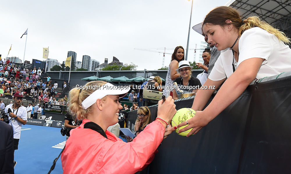 Denmark's Caroline Wozniacki signs autographs during Semi Finals day at the ASB Classic WTA International. ASB Tennis Centre, Auckland, New Zealand. Friday 9 January 2015. Copyright photo: Andrew Cornaga/www.photosport.co.nz