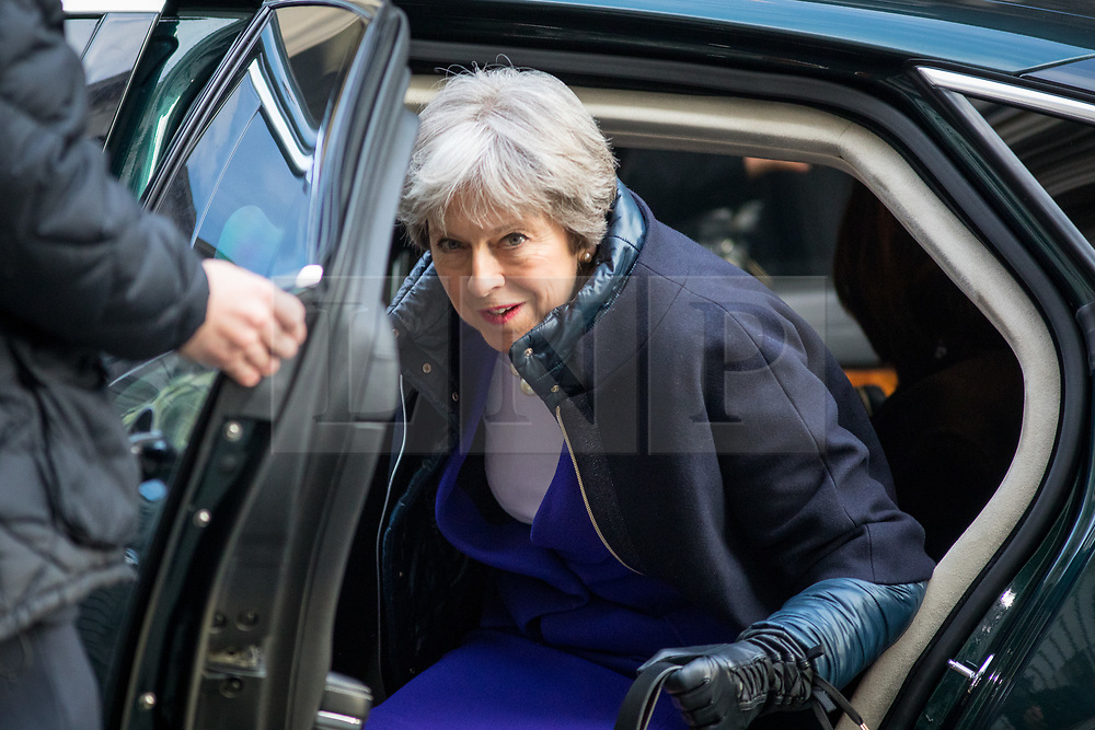 © Licensed to London News Pictures. 06/02/2018. London, UK. British Prime Minister Theresa May arrives in Downing Street this morning. Photo credit : Tom Nicholson/LNP