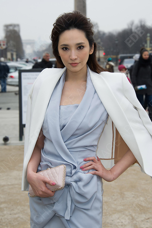 03.MARCH.2013. PARIS<br /> <br /> PACE WU RUSSO ARRIVING TO THE VIKTOR AND ROLF FALL-WINTER 2013/2014 READY-TO-WEAR COLLECTION SHOW, HELD AT L'ESPACE EPHEMERE DES TUILERIES IN PARIS.<br /> <br /> BYLINE: EDBIMAGEARCHIVE.CO.UK<br /> <br /> *THIS IMAGE IS STRICTLY FOR UK NEWSPAPERS AND MAGAZINES ONLY*<br /> *FOR WORLD WIDE SALES AND WEB USE PLEASE CONTACT EDBIMAGEARCHIVE - 0208 954 5968*