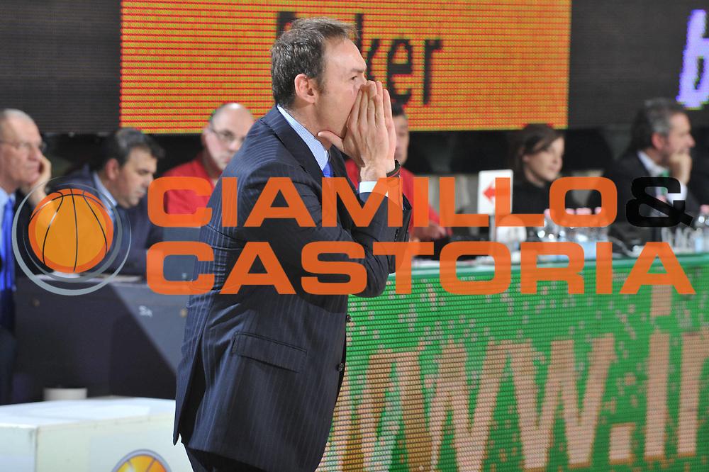 DESCRIZIONE : Treviso Lega A 2010-11 Benetton Treviso Enel Brindisi<br /> GIOCATORE : Luca Bechi Coach<br /> SQUADRA : Enel Brindisi<br /> EVENTO : Campionato Lega A 2010-2011 <br /> GARA : Benetton Treviso Enel Brindisi<br /> DATA : 06/01/2011<br /> CATEGORIA : Ritratto Curiosita<br /> SPORT : Pallacanestro <br /> AUTORE : Agenzia Ciamillo-Castoria/M.Gregolin<br /> Galleria : Lega Basket A 2010-2011 <br /> Fotonotizia : Treviso Lega A 2010-11 Benetton Treviso Enel Brindisi<br /> Predefinita :