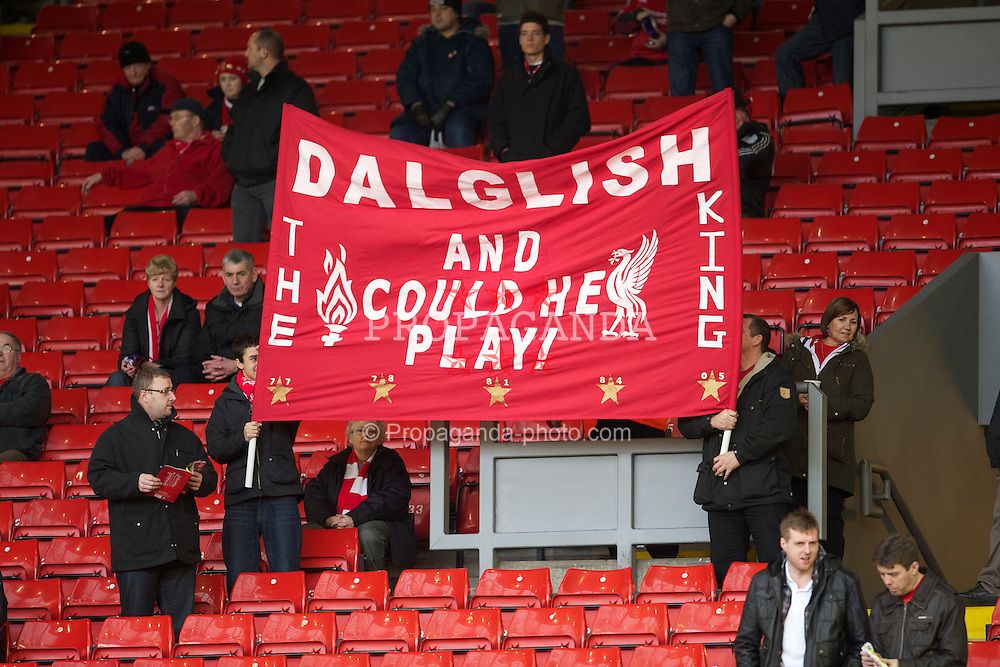 LIVERPOOL, ENGLAND - Sunday, January 16, 2011: Liverpool supporters on the famous Spion Kop display a banner for the return of King Kenny Dalglish before the Premiership match against Everton at Anfield. (Photo by: David Rawcliffe/Propaganda)