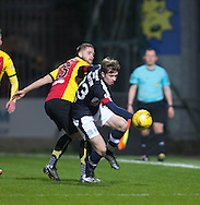 Dundee&rsquo;s Craig Wighton wriggles away from Partick Thistle's Daniel Devine - Partick Thistle v Dundee in the Ladbrokes Scottish Premiership at Firhill, Glasgow - Photo: David Young, <br /> <br />  - &copy; David Young - www.davidyoungphoto.co.uk - email: davidyoungphoto@gmail.com