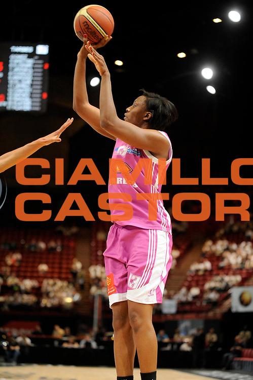 DESCRIZIONE : Coupe de France Finale Femme Bourges Tarbes<br /> GIOCATORE : Sacko Fatimatou<br /> SQUADRA : Tarbes<br /> EVENTO : FRANCE Coupe de France 2009-2010<br /> GARA : Bourges Tarbes<br /> DATA : 16/05/2010<br /> CATEGORIA : Basketball Finale Femme Coupe de France<br /> SPORT : Basketball<br /> AUTORE : JF Molliere par Agenzia Ciamillo-Castoria <br /> Galleria : France Coupe de France 2009-2010 <br /> Fotonotizia : Coupe de France Paris Bercy 2009-2010 Finale Femme Bourges Tarbes <br /> Predefinita :