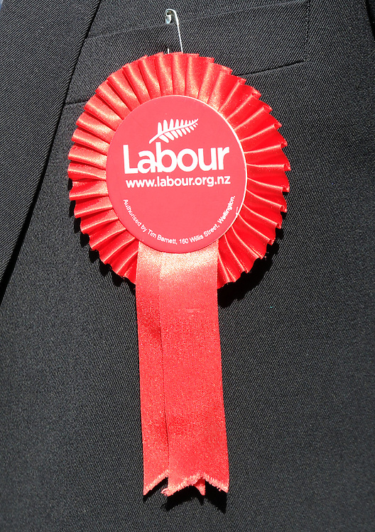 Labour Party rosette, Rotorua, New Zealand, Monday, August 26, 2014. Credit SNPA / Ross Setford