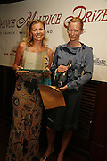 LOUISE DEAN winner of the prize and Tilda Swinto. LE PRINCE MAURICE PRIZE 2006. PRINCE MAURICE HOTEL. MAURITIUS. 27 May 2006. ONE TIME USE ONLY - DO NOT ARCHIVE  © Copyright Photograph by Dafydd Jones 66 Stockwell Park Rd. London SW9 0DA Tel 020 7733 0108 www.dafjones.com