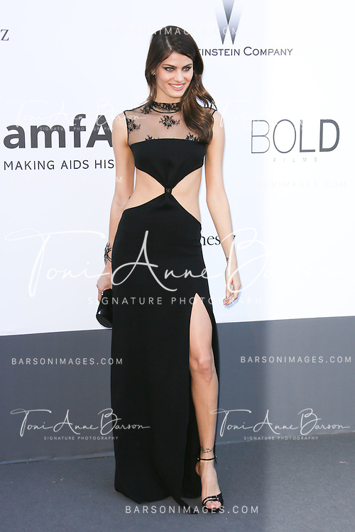 CAP D'ANTIBES, FRANCE - MAY 23:  Isabeli Fontana arrives at amfAR's 20th Annual Cinema Against AIDS at Hotel du Cap-Eden-Roc on May 23, 2013 in Cap d'Antibes, France.  (Photo by Tony Barson/FilmMagic,)
