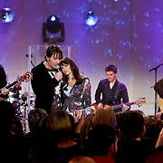 NLD/Hilversum/20101216 - Uitreiking Sterren.nl Awards, Optreden 3J's en Ellen ten Damme