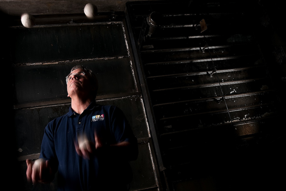 JEROME A. POLLOS/Press..David Groth uses his juggling skills in the classroom at Sorensen Magnet School to help his students understand math and well as stay healthy and improve teamwork.