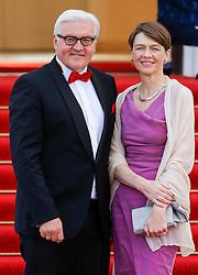 24.06.2015, Schloss Bellevue, Berlin, GER, Queen Elisabeth II. in Deutschland, im Bild Frank Walter Steinmeier und Ehefrau Elke Büdenbender // Queen Elizabeth II and The Duke of Edinburgh are on their fifth state visit to Germany during the defilee at the Schloss Bellevue in Berlin, Germany on 2015/06/24. EXPA Pictures © 2015, PhotoCredit: EXPA/ SM<br /> <br /> *****ATTENTION - OUT of GER*****