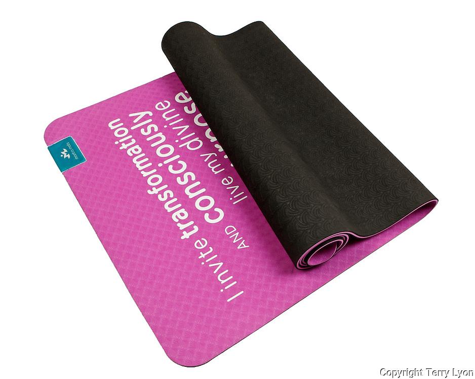 Mantra yoga mat, product shoot