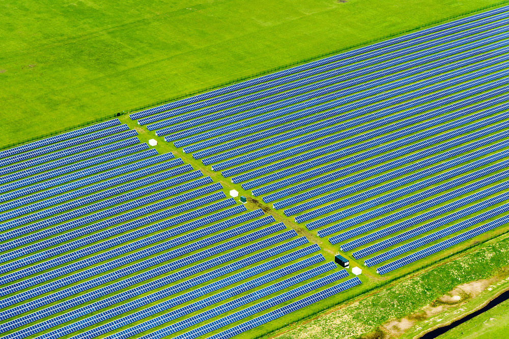 Nederland, Friesland, Ameland, 07-05-2018; zonnepark Ameland, gelegen naast vliegveld van Ballum. Zonnepark Ameland is het grootste van Nederland.<br /> Solar park Ameland, located next to Ballum airport. Zonnepark Ameland is the largest in the Netherlands.<br /> luchtfoto (toeslag op standard tarieven);<br /> aerial photo (additional fee required);<br /> copyright foto/photo Siebe Swart
