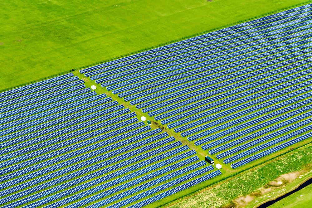 Nederland, Friesland, Ameland, 07-05-2018; zonnepark Ameland, gelegen naast vliegveld van Ballum. Zonnepark Ameland is het grootste van Nederland.<br /> Solar park Ameland, located next to Ballum airport. Zonnepark Ameland is the largest in the Netherlands.<br /> luchtfoto (toeslag op standard tarieven);<br /> aerial photo (additional fee required);<br /> copyright foto/photo Siebe Swart
