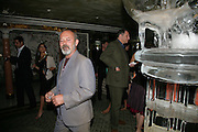 KEITH ALLEN, Beyond Belief-Damien Hirst. White Cube Hoxton and Mason's Yard.Party  afterwards at the Dorchester. Park Lane. 2 June 2007.  -DO NOT ARCHIVE-© Copyright Photograph by Dafydd Jones. 248 Clapham Rd. London SW9 0PZ. Tel 0207 820 0771. www.dafjones.com.