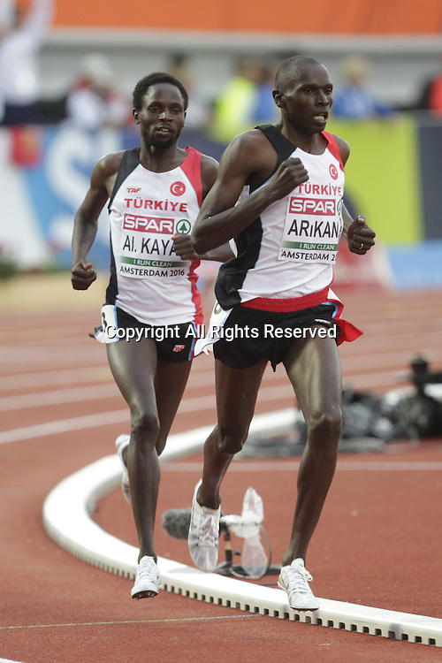 08.07.2016. Amsterdam, Holland. The European Athletics Championships.   Polat Kemboi and Arikan Ali Kaya  1st and 2nd in the 10,000 metres for men