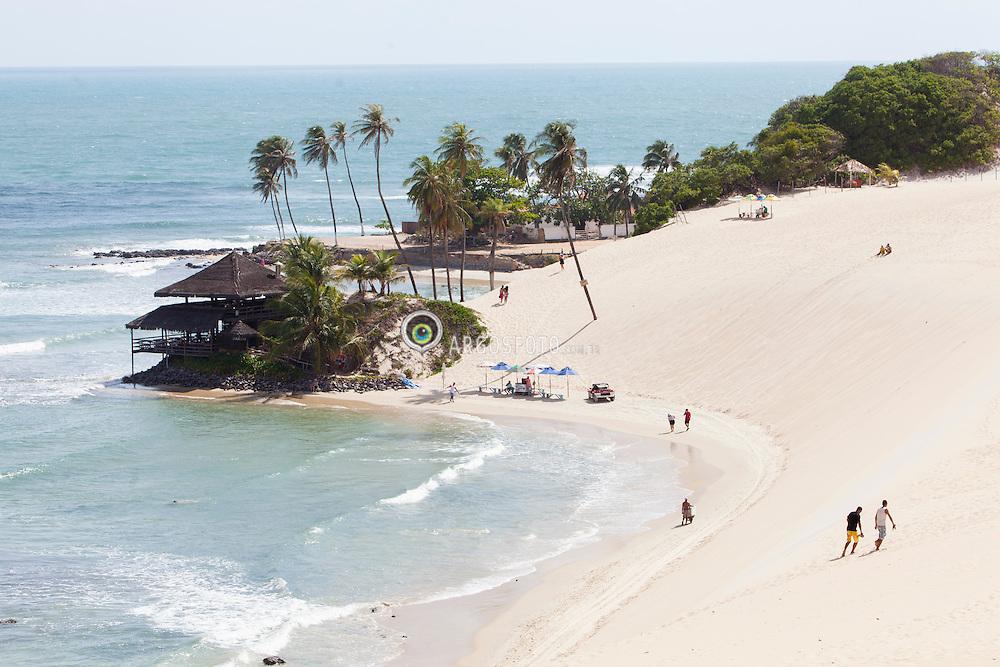 Vista aerea de Praia do Genipabu em Natal./ Aerial view of Genipabu beach  in Natal. Rio Grande do Norte, Brasil - 2013