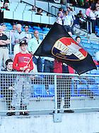 22-08-2009 Voetbal:Willem II:Heracles Almelo:Tilburg<br /> Een jonge Willem II supporter met vlag<br /> Foto: Geert van Erven