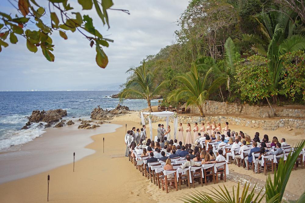 Puerto Vallarta wedding at Las Caletas by Puerto Vallarta wedding photographer and destination wedding photographer Michelle Turner.