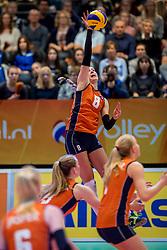 01-04-2017 NED:  CEV U18 Europees Kampioenschap vrouwen dag 1, Arnhem<br /> Nederland - Bulgarije verliest met 1-3 / Vera Mulder #8