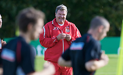 CARDIFF, WALES - Friday, October 10, 2008: Wales' John Toshack MBE watches over his players during training at the Vale of Glamorgan Hotel ahead of the 2010 FIFA World Cup South Africa Qualifying Group 4 match against Liechtenstein. (Photo by David Rawcliffe/Propaganda)