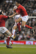 Twickenham, GREAT BRITAIN,  Sonny PARKER, collects the high ball, during the 2008 Six Nations Rugby Championship, England vs Wales at the RFU Stadium. 02.02.2008. [Mandatory Credit Peter Spurrier/Intersport Images]