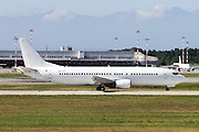 Air Horizont Boeing 737-430 Photographed at Malpensa airport, Milan, Italy (MXP / LIMC)