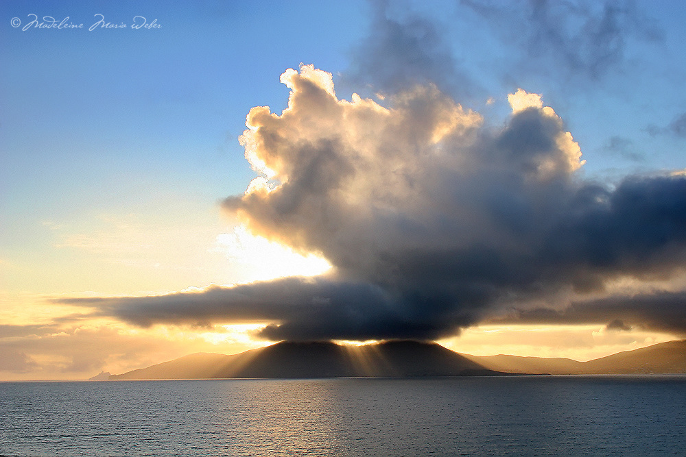 Sunset over Bolus Head, Ballinskelligs, County Kerry Ireland / wv028