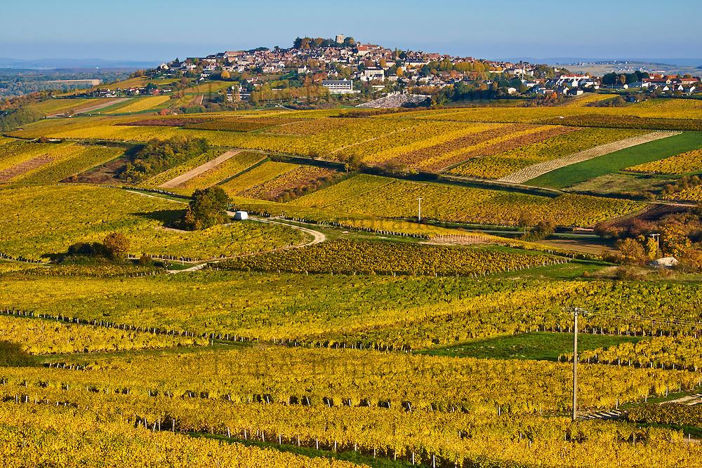 France, Centre-Val de Loire, Cher (18), le Berry, Sancerre et son vignoble // France, Cher 18, Berry, Sancerre village, vineyard