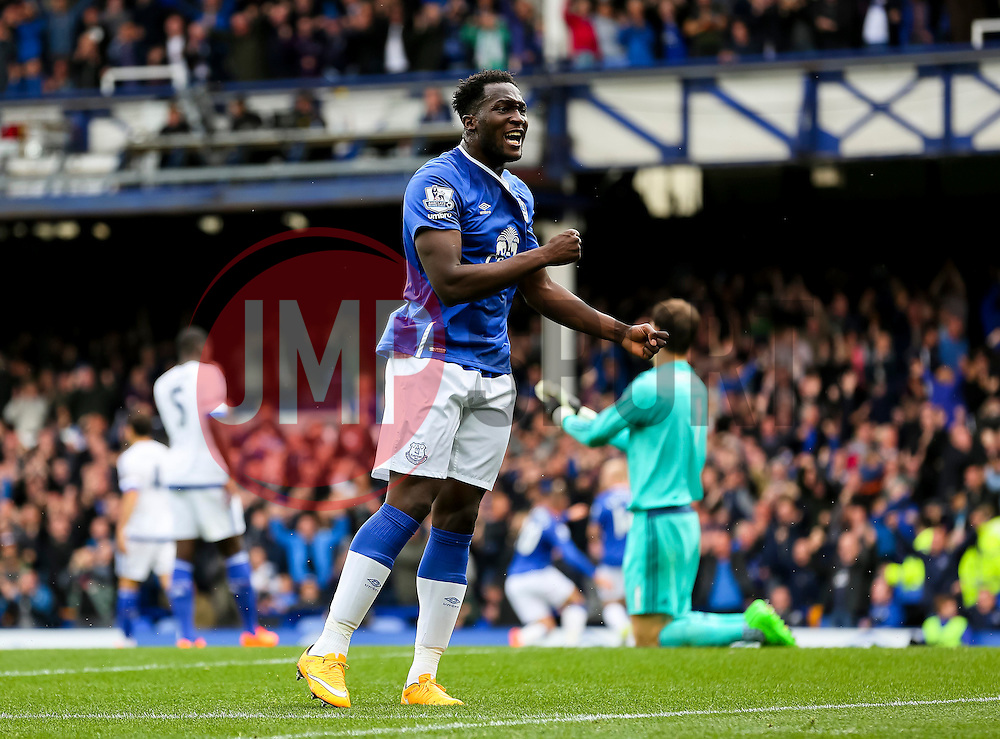 Everton's Romelu Lukaku celebrates after Everton's second goal  - Mandatory byline: Matt McNulty/JMP - 07966386802 - 12/09/2015 - FOOTBALL - Goodison Park -Everton,England - Everton v Chelsea - Barclays Premier League